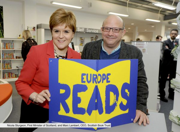 First Minister's Visit to Loanhead Library 10